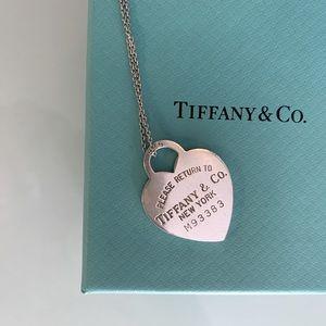 Tiffany large heart necklace